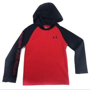 Under Armour Long Sleeve W/Hood in Sz: 6